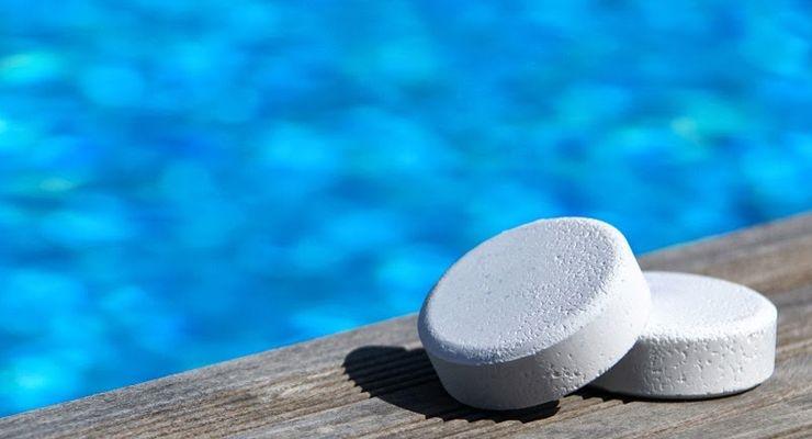 Consejos de como cuidar de nuestra piscina piscinas decoytec for Piscina turbia